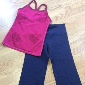 Lululemon 2pc bundle Top/Crops Sz 6